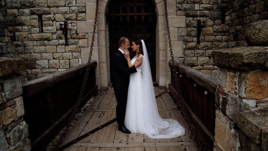 Castello di amorosa wedding pictures - Amid Films Wedding